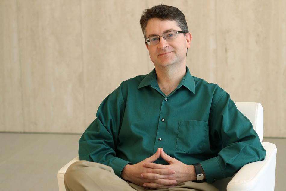 Michael Perry, Principal Consultant